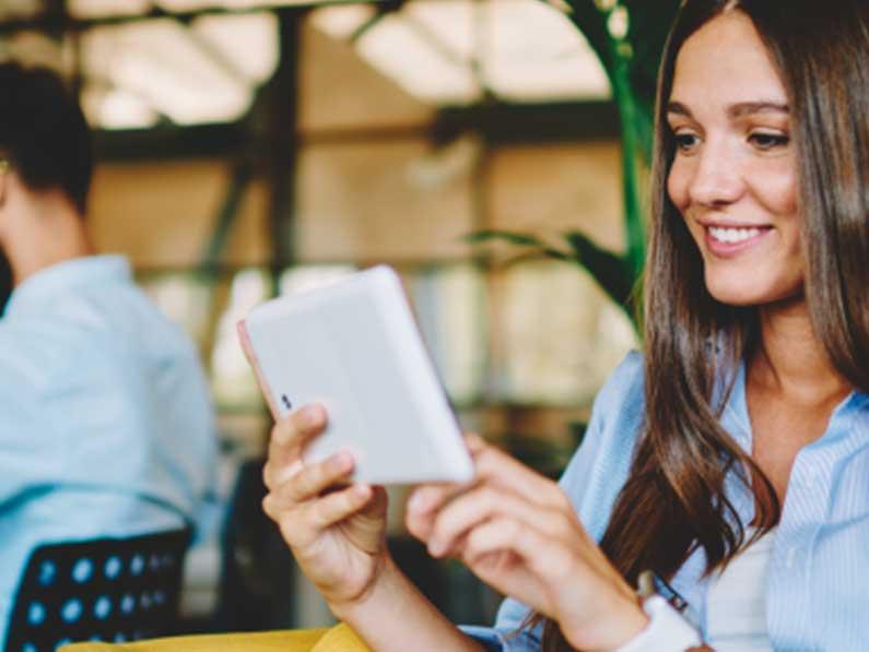Connective presenta su guía sobre firmas digitales